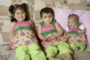 3_Kids_in_BIB_April_2010